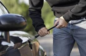 7 похищенных автомобилей полицейские нашли за сутки