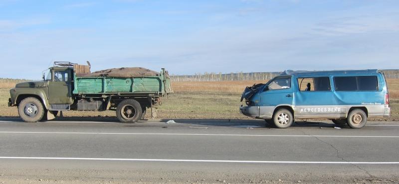 ДТП с маршрутным такси в Эхирит-Булагатском районе: пятеро пострадавших