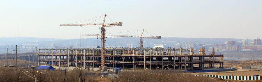 """Ход строительства ТРЦ """"КомсоМОЛЛ"""" - май 2013 года. Фото: GazetaIrkutsk.ru"""