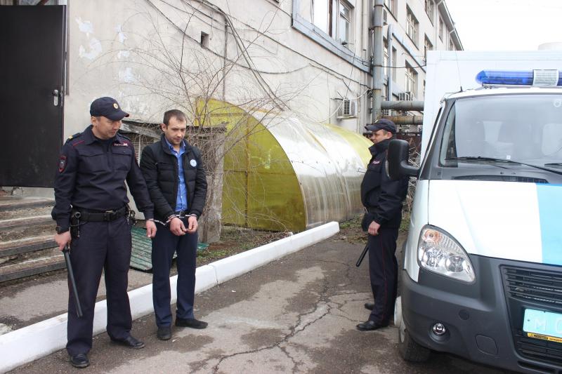 Иркутские полицейские раскрыли разбойное нападение