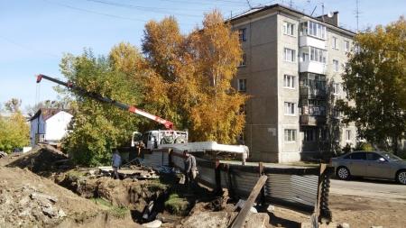 В Иркутске на территории бывшего ИВВАИУ на 10 дней раньше запланированного срока возобновили подачу горячей воды