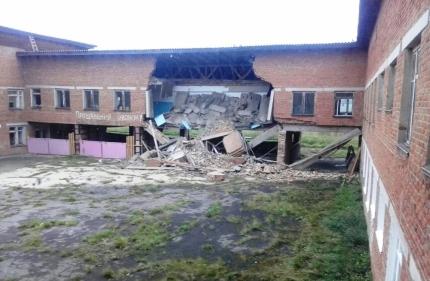 В школе села Уян обрушилась стена