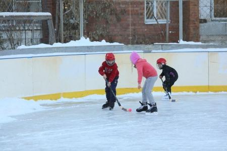 Муниципальные хоккейные корты Иркутска готовят к сезону