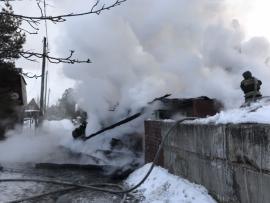 Сегодня во время пожара в доме в Иркутском районе погибли две девочки