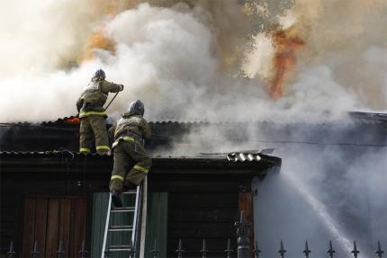 В Иркутской области на четырех пожарах, произошедших за сутки, погибли люди