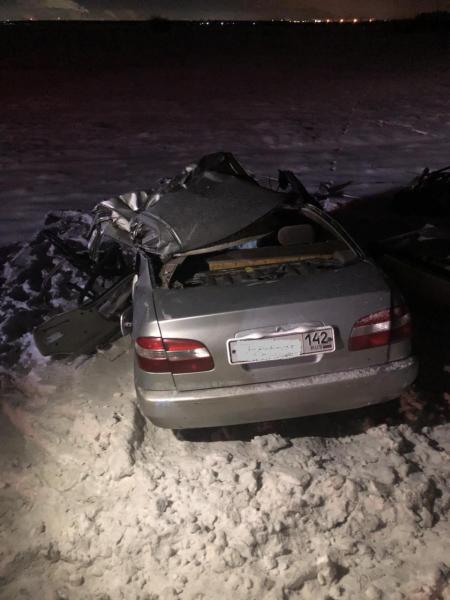 В Усольском районе Иркутской области при столкновении с грузовиком погиб водитель легковой автомашины