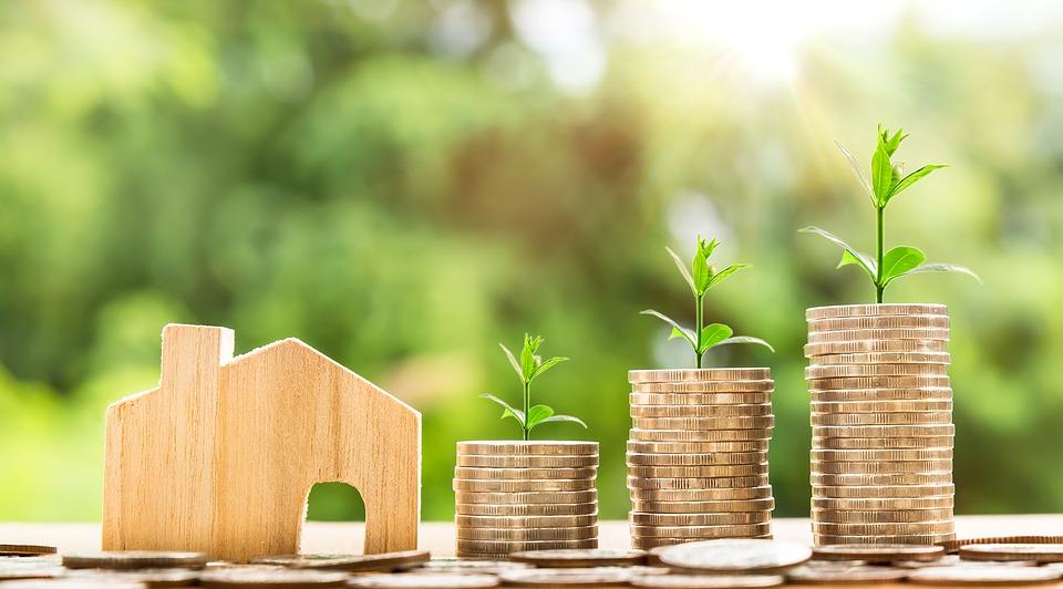 42 229 рублей составила в октябре 2018 года средняя зарплата работников организаций Иркутской области