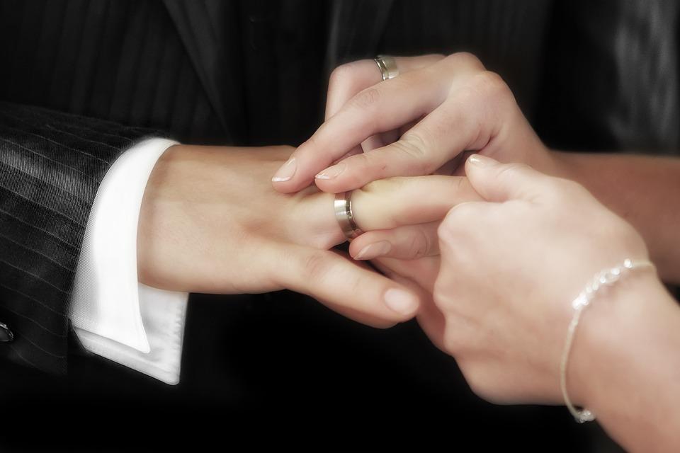 В Иркутске после ремонта открывается Дворец бракосочетания