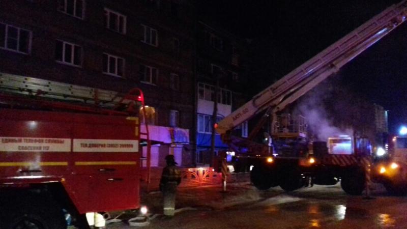 В новогоднюю ночь в Иркутске пожарные спасли 25 человек