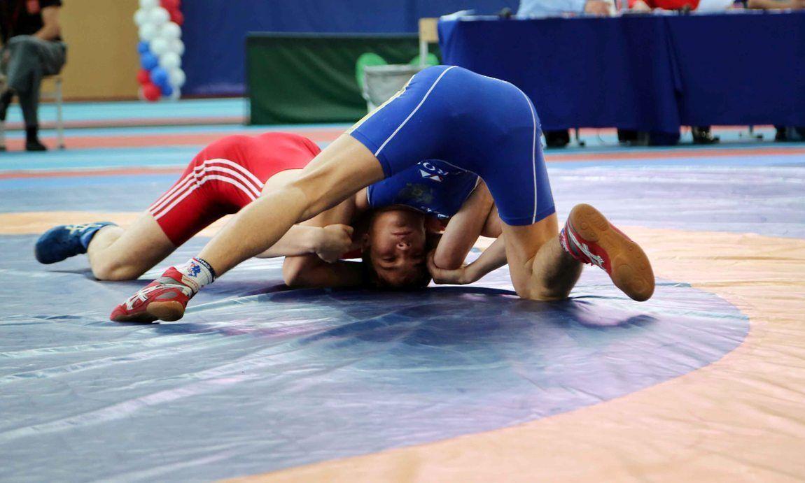 Вольная борьба: спортсмены из Иркутской области привезли две медали