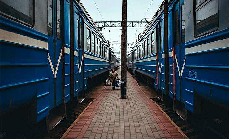 С 1 мая неработающие пенсионеры Приангарья смогут не платить за проезд в электричках