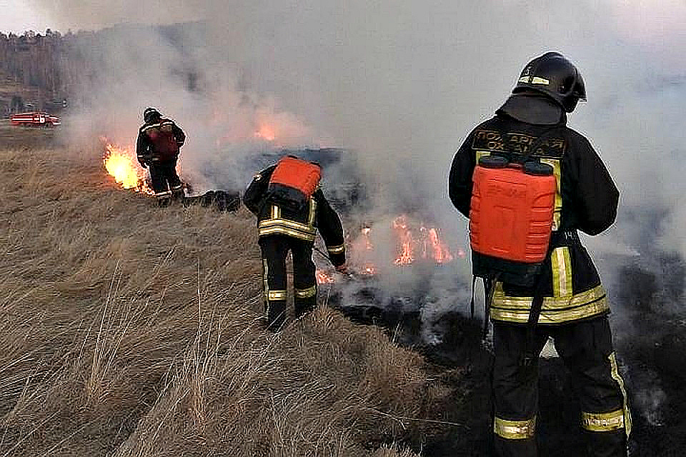 За сжигание мусора и травы в Иркутской области оштрафовали 30 человек