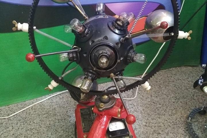 Новые световые машины пополнили экспонаты музея на ледоколе «АНГАРА»