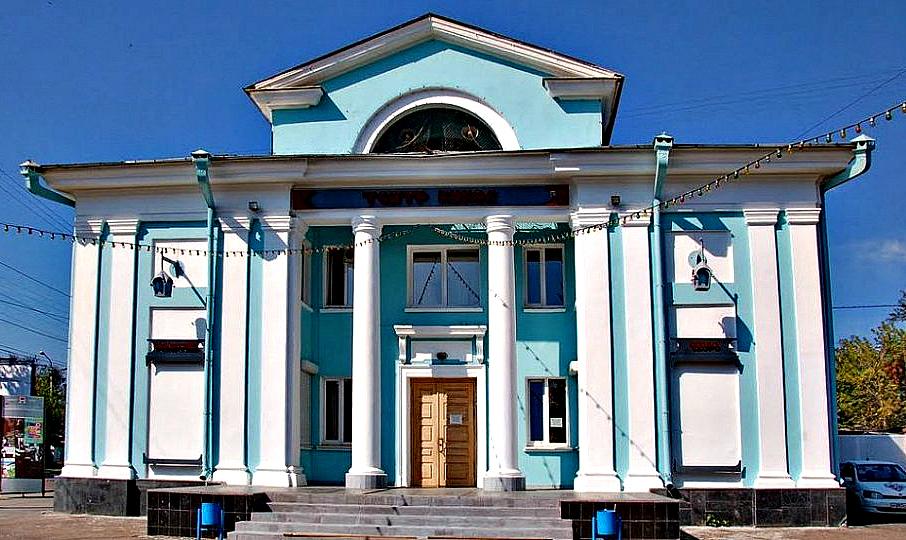 В Иркутском театре кукол «Аистенок» покажут спектакль для людей с нарушениями слуха