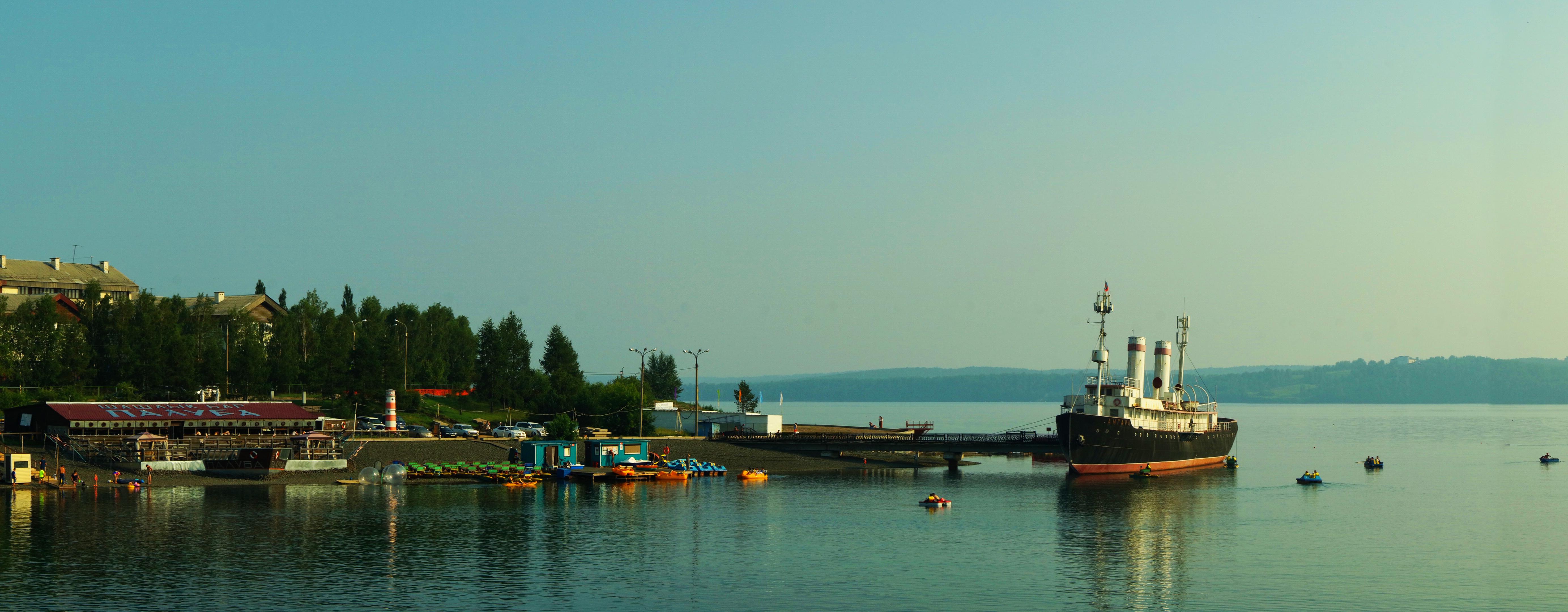 Роспотребнадзор: Вода в реке Иркут опасна для здоровья