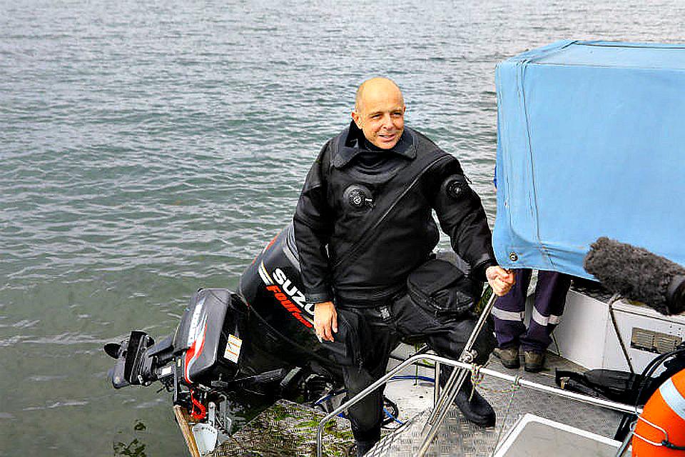 Спикер ЗС С. Сокол принял участие в уборке мусора со дна Байкала