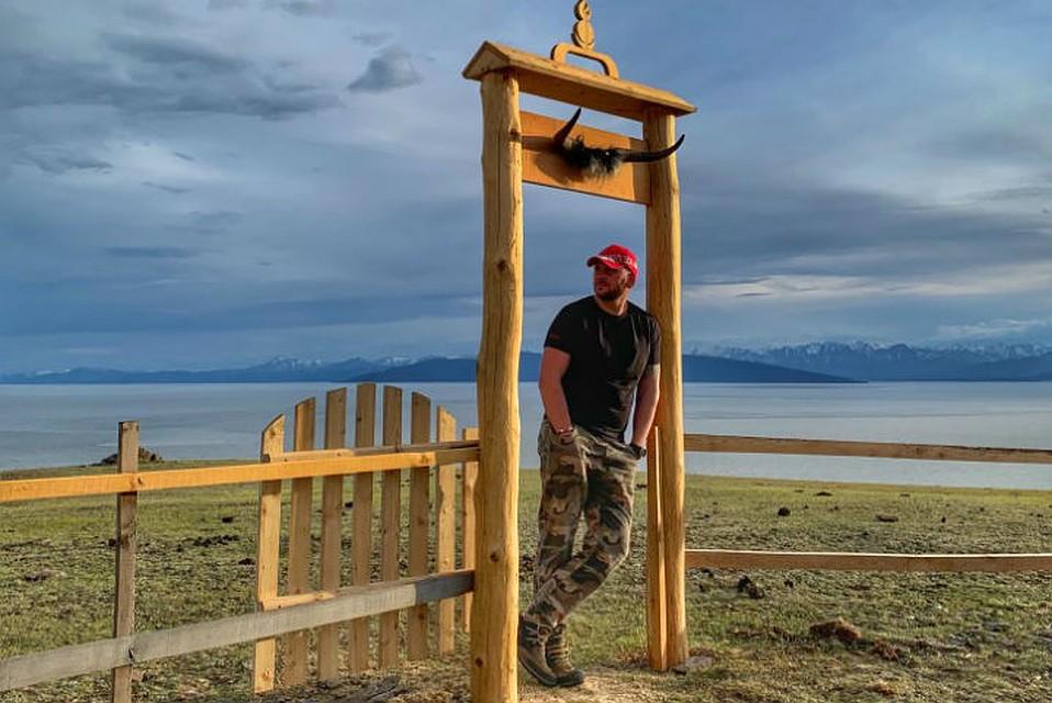 Горный марафон: Иркутянин за три дня одолел высоту Эвереста