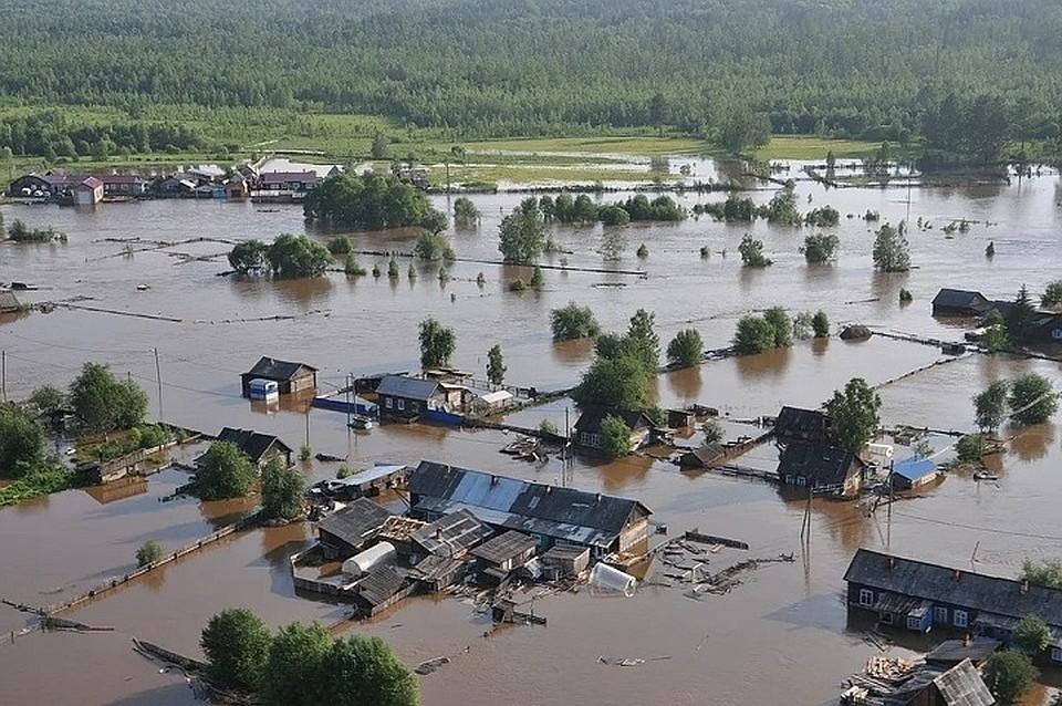 Свыше 44.000 человек привили от инфекций в зоне наводнения в Приангарье
