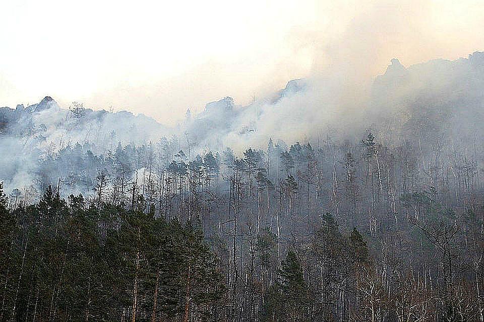 Лесные пожары в Приангарье: 62 населенных пункта накрыл едкий дым