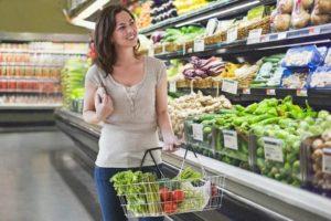 10 ошибок при покупке продуктов, из-за которых мы платим больше