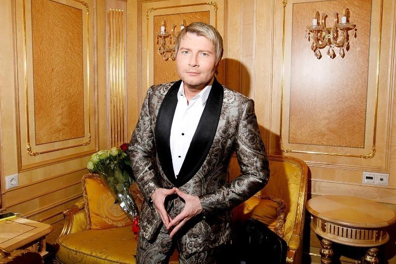 Неудачные бизнес-проекты: на чем прогорели российские знаменитости